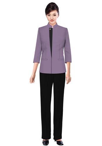 紫色保洁服