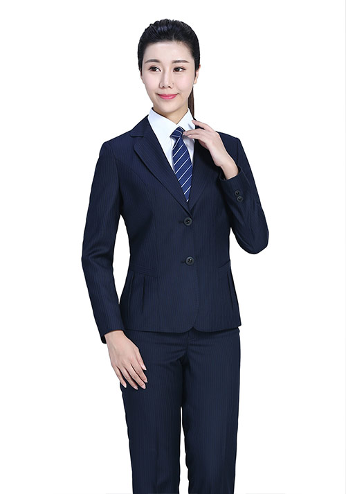 藏青条纹职业装