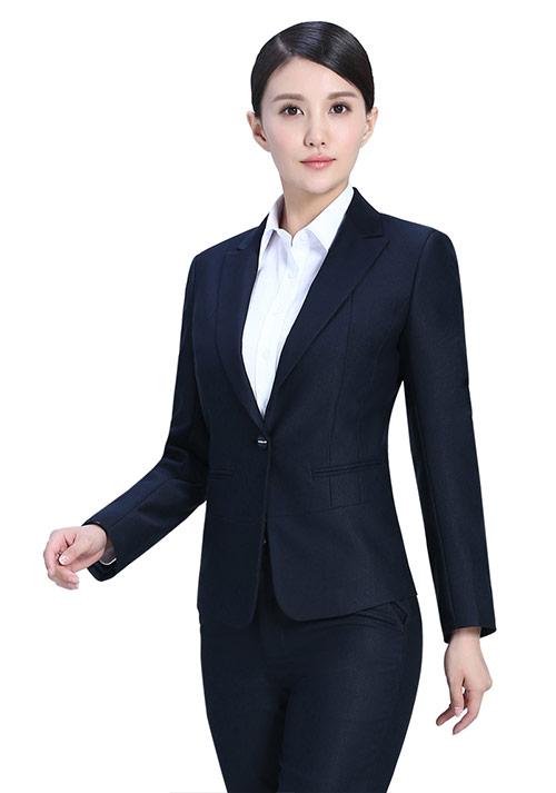 定制西服如何保证质量和穿着效果